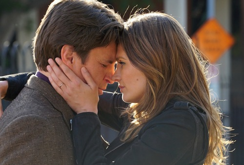 """CASTLE - """"Crossfire"""" - With their best lead in hand, Castle and Beckett are ready to take on LokSat. But an unforeseen twist puts their case - and their lives - in jeopardy, on the season finale of """"Castle,"""" MONDAY, MAY 16 (10:00-11:00 p.m. EDT) on the ABC Television Network. """"Crossfire"""" (ABC/Byron Cohen) NATHAN FILLION, STANA KATIC"""